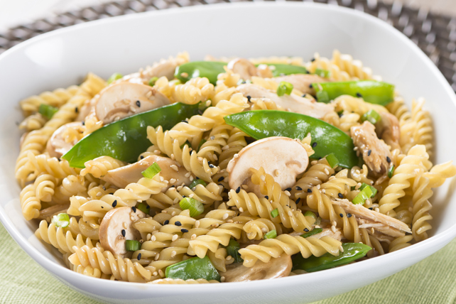 Asian Chicken Pasta Salad Image 1