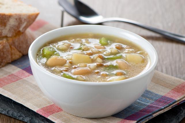 Soupe aux haricots et aux légumes Image 1