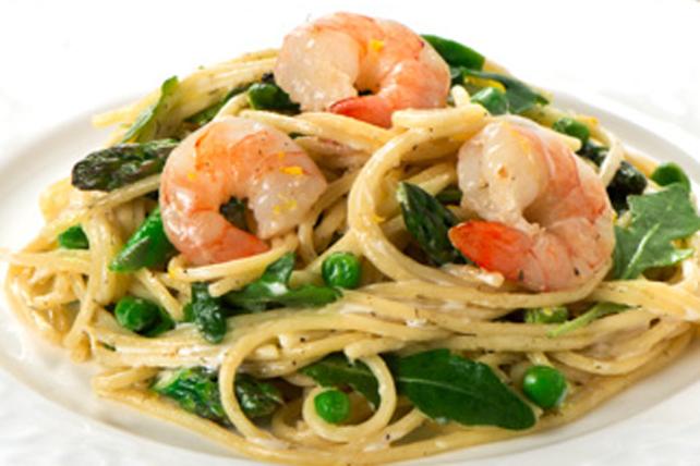 Spaghettis aux crevettes, à l'aneth et aux petits pois Image 1