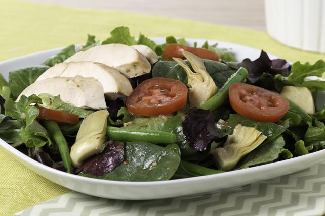 Salade à la dinde aux fines herbes printanières Image 1