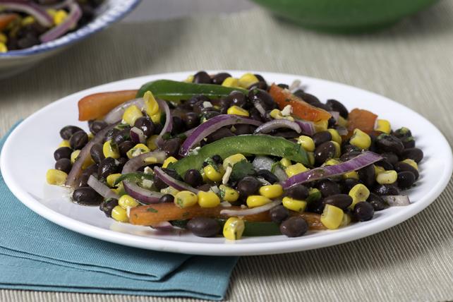Salade méditerranéenne aux haricots noirs Image 1
