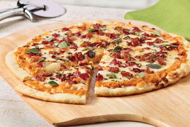Thin Crust Pizza with Pancetta and Mozzarella