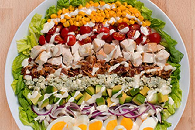 Salade Cobb classique à la vinaigrette Ranch Image 1