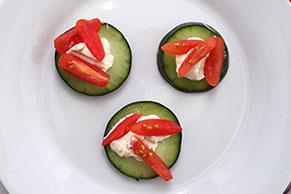 Cucumber-Tomato Crunch Bites