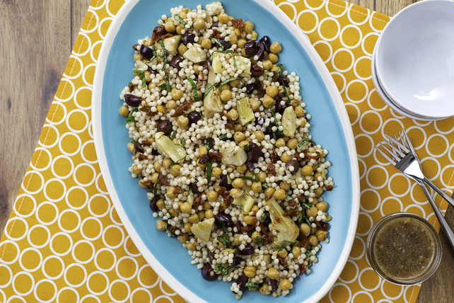 Salade de couscous israélien et de pois chiches Image 1