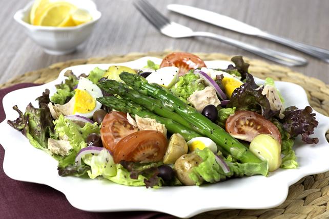 Salade niçoise aux asperges Image 1