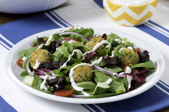 Falafel Salad with Tzatziki Image 1