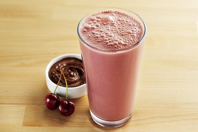 Lait fouetté aux cerises et au beurre d'arachide avec chocolat Image 1
