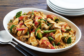 Stir-Fried Chicken with Creamy Peanut Sauce