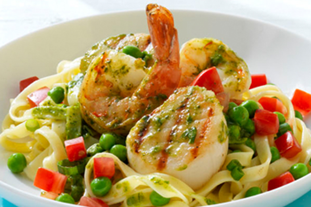 Grilled Seafood Pasta Image 1