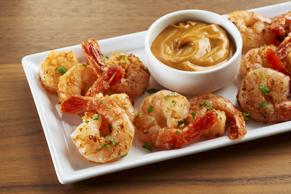 Crevettes thaïes et sauce aux arachides