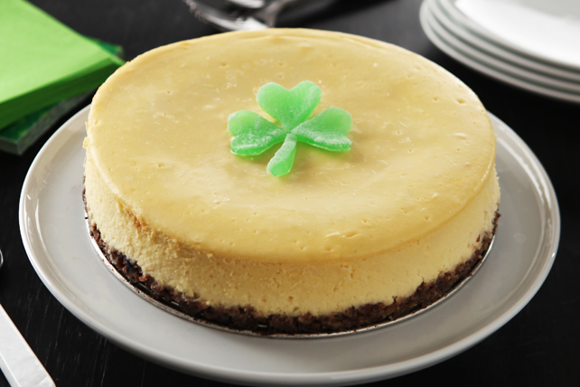 Luck-of-the-Irish Cheesecake Image 1