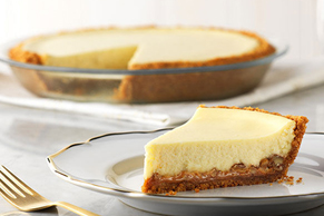 Easy Caramel-Pecan Cheesecake
