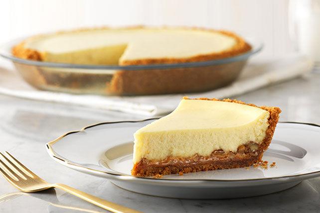 Easy Caramel-Pecan Cheesecake Image 1