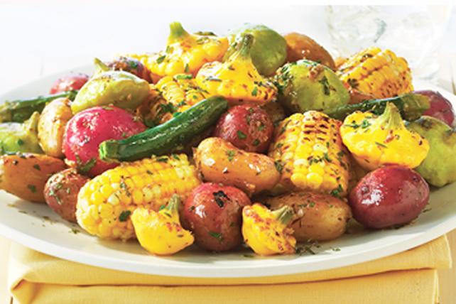 Assiette de légumes de saison grillés Image 1