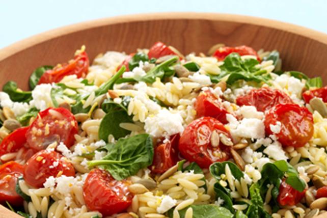 Salade de pâtes et de tomates grillées Image 1