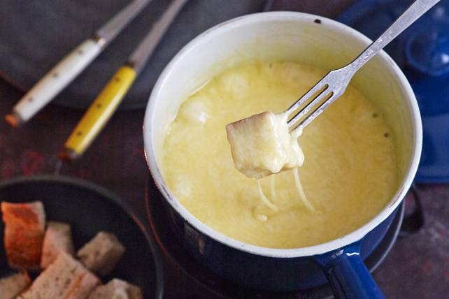 Fondue au fromage suisse Image 1