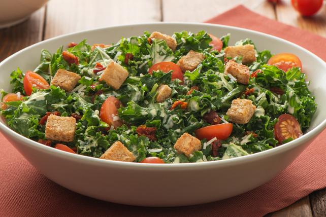 Salade César au chou frisé et aux chipotles Image 1