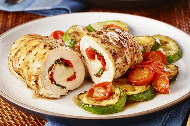 Roulés au poulet, au poivron rouge rôti et au basilic Image 1