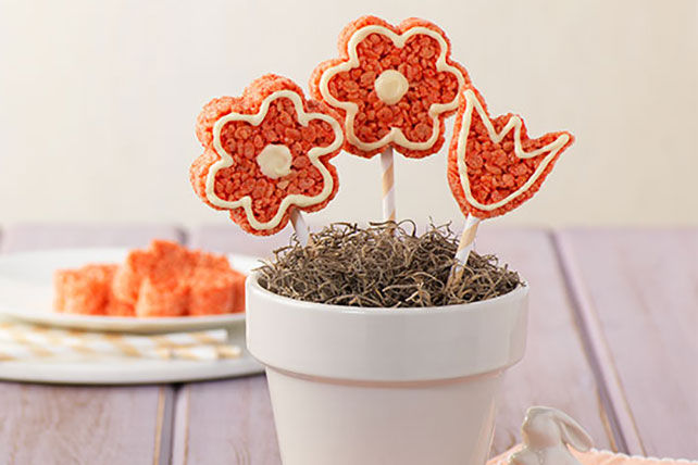 Flower Crispy Treats Image 1