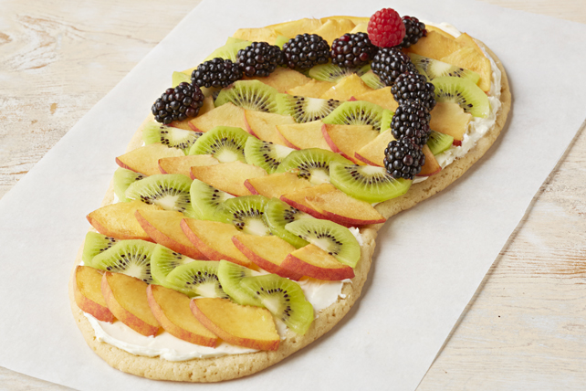 Dessert aux fruits et à la pâte à biscuits en forme de gougoune Image 1