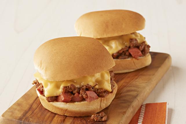 Mini-burgers Sloppy Joe à la saucisse à hot dog Image 1