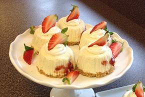 No-Bake White Chocolate Mini Cheesecakes