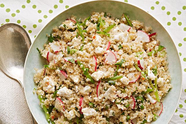 Ensalada de quinua con chícharos chinos y rábanos Image 1