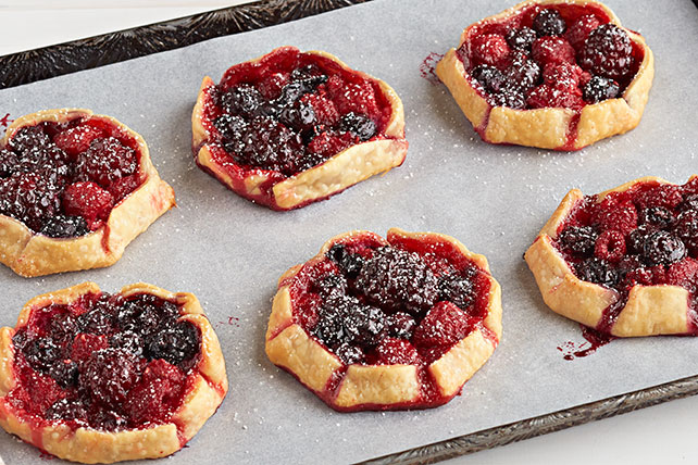 Mini Mixed Berry Tarts Image 1