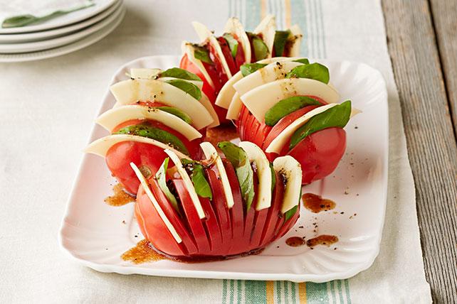 Tomates Hasselback a la caprese Image 1