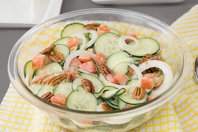 Salade de concombres crémeuse Image 1