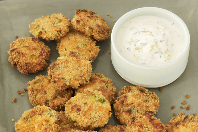 Salmon Cake Minis with Lemon-Dill Aioli Image 1