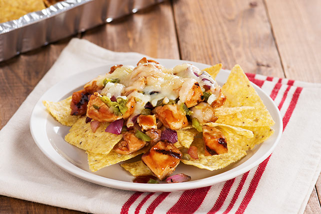 Sweet and Spicy Grilled Chicken Nachos - Kraft Recipes