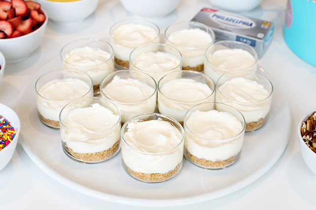 No-Bake Cheesecake Dessert Party Bar Image 1