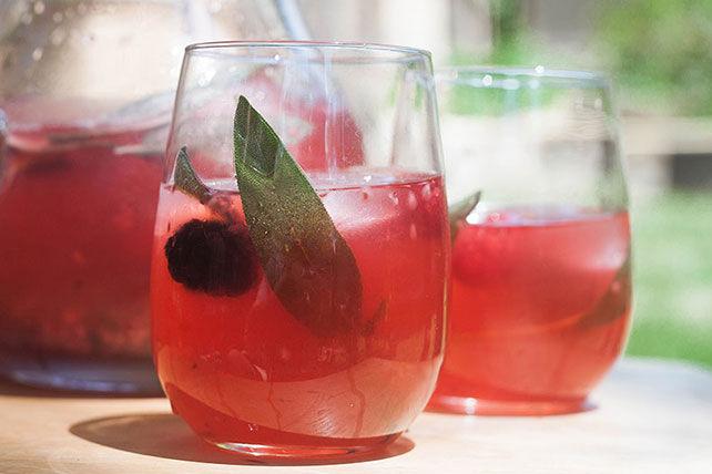 Limonade aux petits fruits et à la sauge Image 1