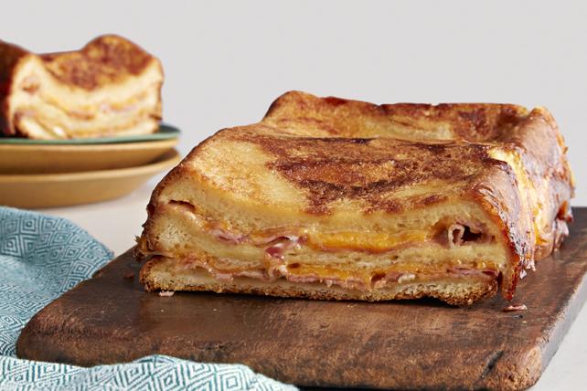 Strata-sandwich au jambon et au fromage Image 1