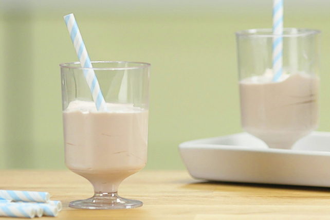 COOL WHIP Chocolate Shake Image 1