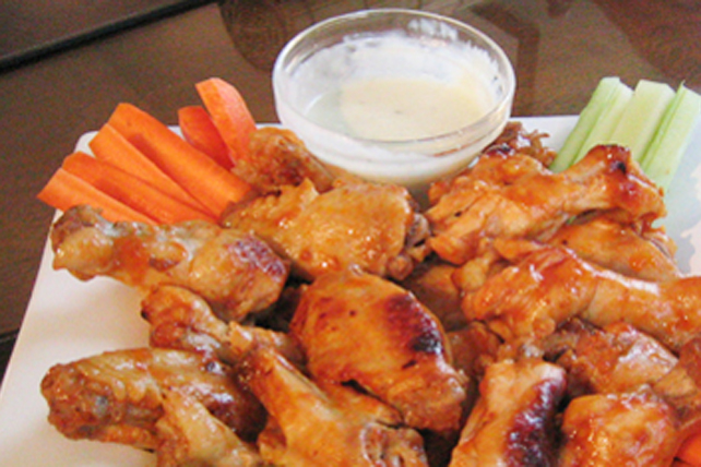 BBQ Buffalo Chicken Wings Image 1