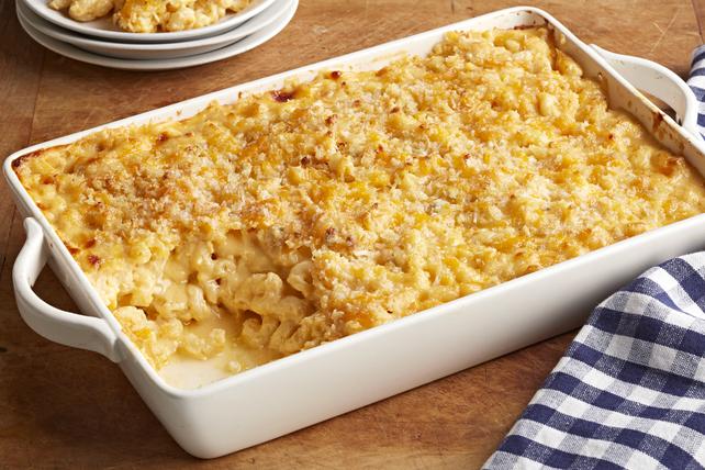 Restaurant-Style Baked Macaroni & Cheese Image 1