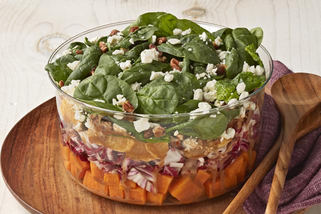 Salade étagée de patates douces et d'épinards Image 1