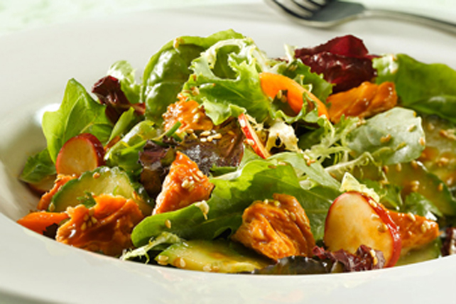 Asian Salmon Salad Image 1