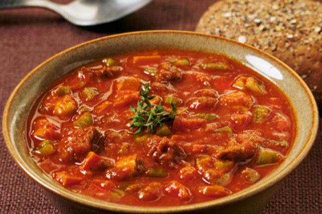 Ragoût de bœuf et de champignons à la sauce HEINZ classique Image 1
