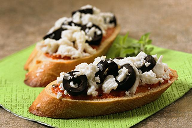 Crostinis au chili, au féta et aux olives Image 1