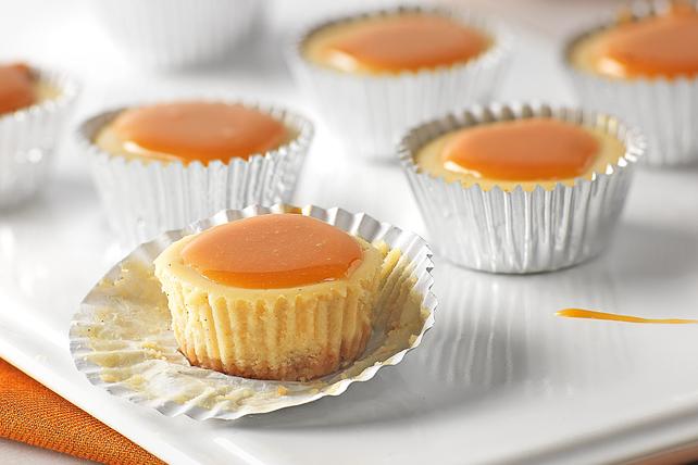 Bourbon-Caramel Sauce Cheesecake Bites Image 1