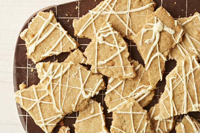 Biscuits croquants au chocolat blanc et aux noix de macadamia Image 1