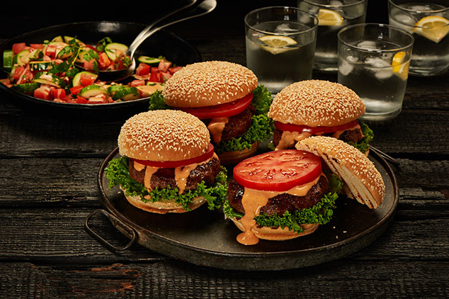 Sweet-and-Spicy Burger with Summer Salad Image 1