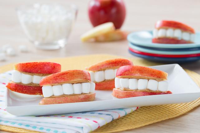 Sourires de pomme et de guimauves Image 1