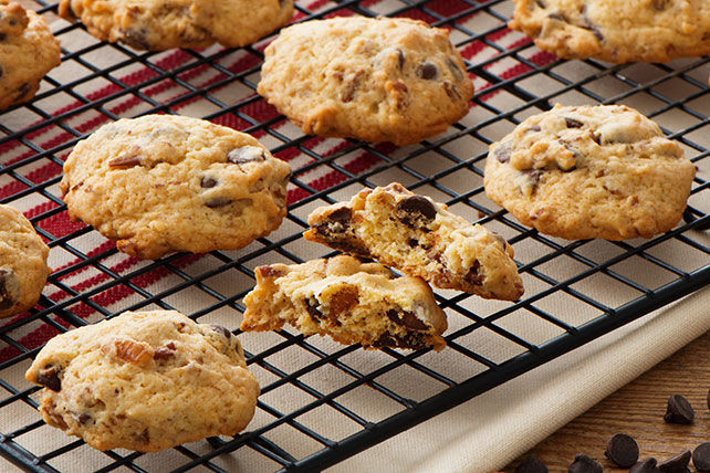 Sour Cream-Chocolate Chip Cookies Image 1