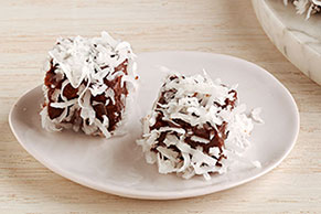 Chocolate-Coconut Cake Bites (Lamingtons)