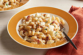 Creamy Cauliflower-Bacon Cavatappi